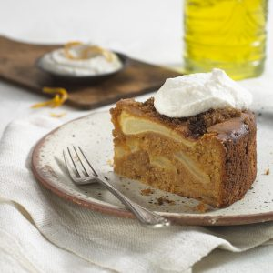 Olive oil and apple cake